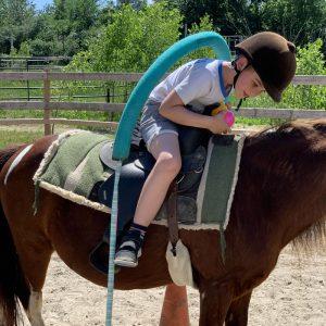 Equitation-pour-tout-petit-et-enfant-laval